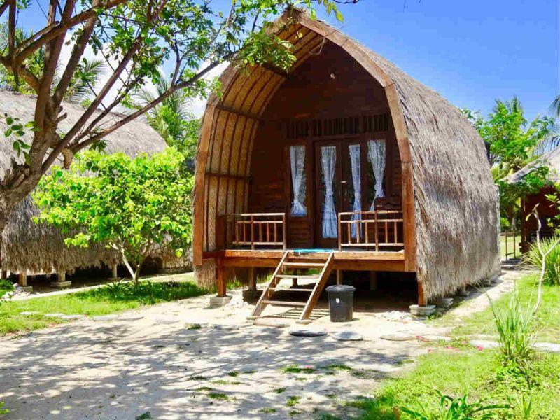 Bungalow được xây dựng từ chất liệu gỗ là chủ yếu