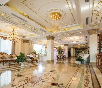 Thiết kế khách sạn mang phong cách cổ điển làm toát lên những vẻ đẹp đến kinh ngạc từ những đường nét kiến trúc đến không gian nội thất bên trong khách sạn.