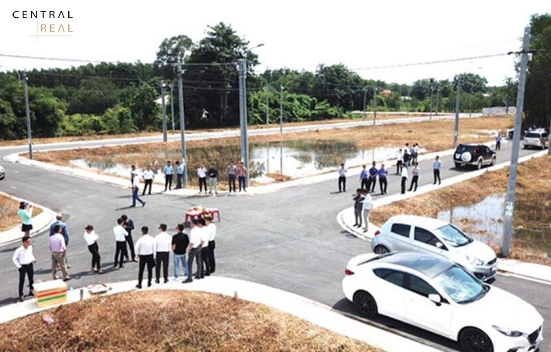 Đất nền khu vực xung quanh sân bay trở thành điểm nóng