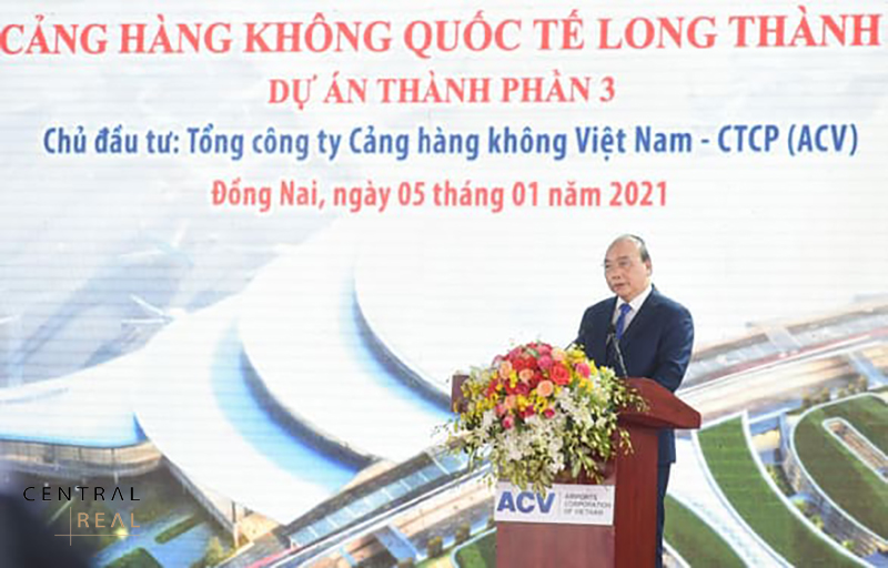 Thủ tướng chính phủ Nguyễn Xuân Phúc phát biểu tại buổi lễ khởi công